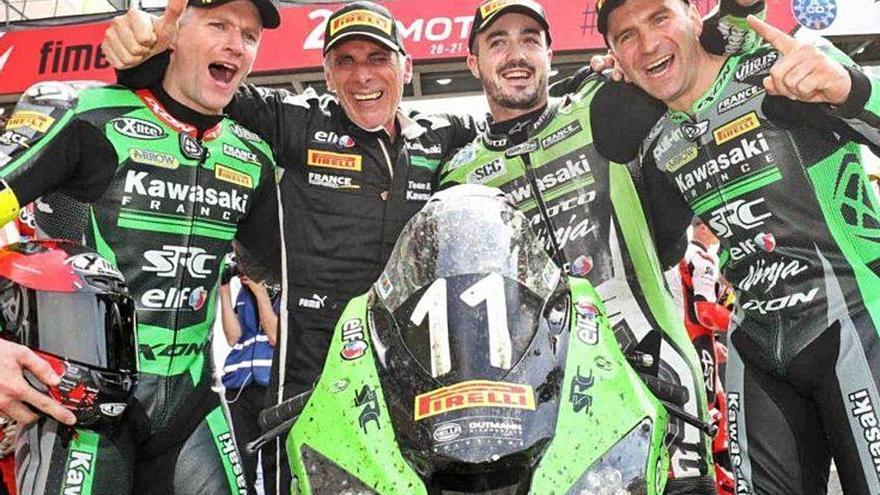 David Checa vol repetir, sense públic, a Le Mans