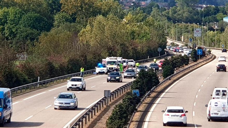Shock en la ambulancia desde la que se lanzó la niña asturiana de 15 años