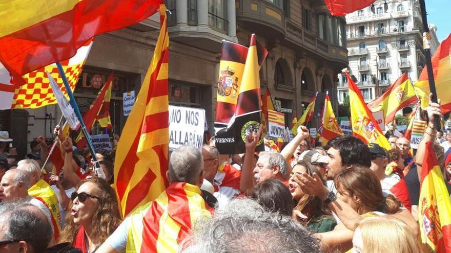 Modifican la marcha en favor del español para evitar conflictos en Barcelona