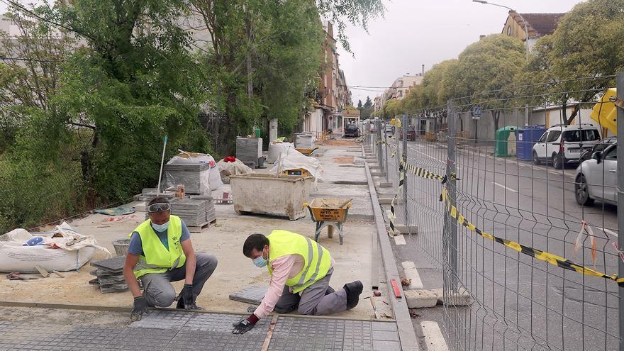 Quejas en Montilla por la supresión de plazas de aparcamiento en la Avenida