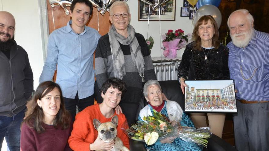 L'Ajuntament de Manresa homenatja Rosa Pérez Escartín pel seu centenari