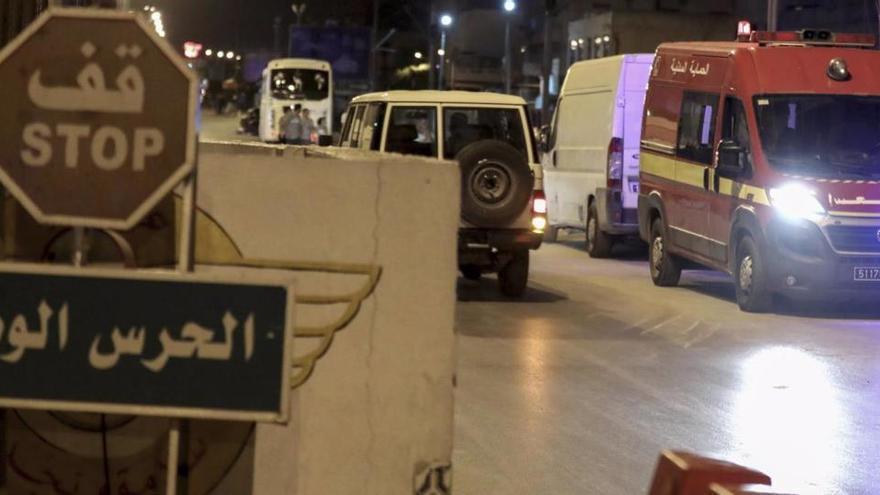Mueren cinco personas al estallar una bomba en Argelia