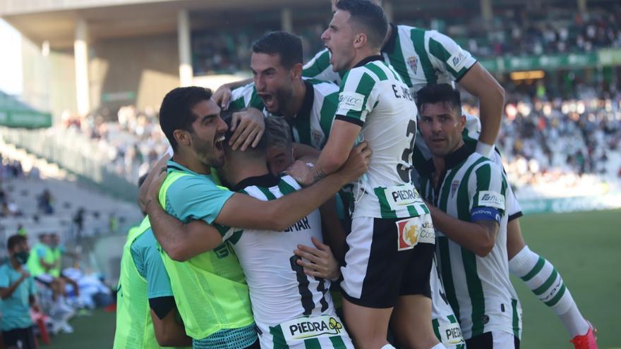 El Córdoba CF gana al Don Benito en un partido tenso e igualado