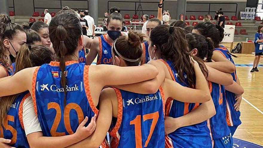 El Senior B del Valencia Basket acaricia el ascenso a la Liga Femenina 2