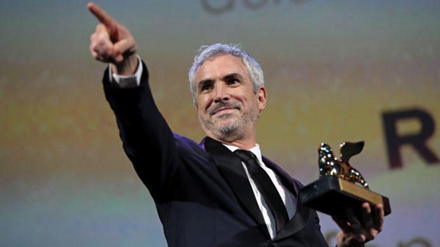 Cuarón y Del Toro, en contra de entregar los Oscars durante los anuncios