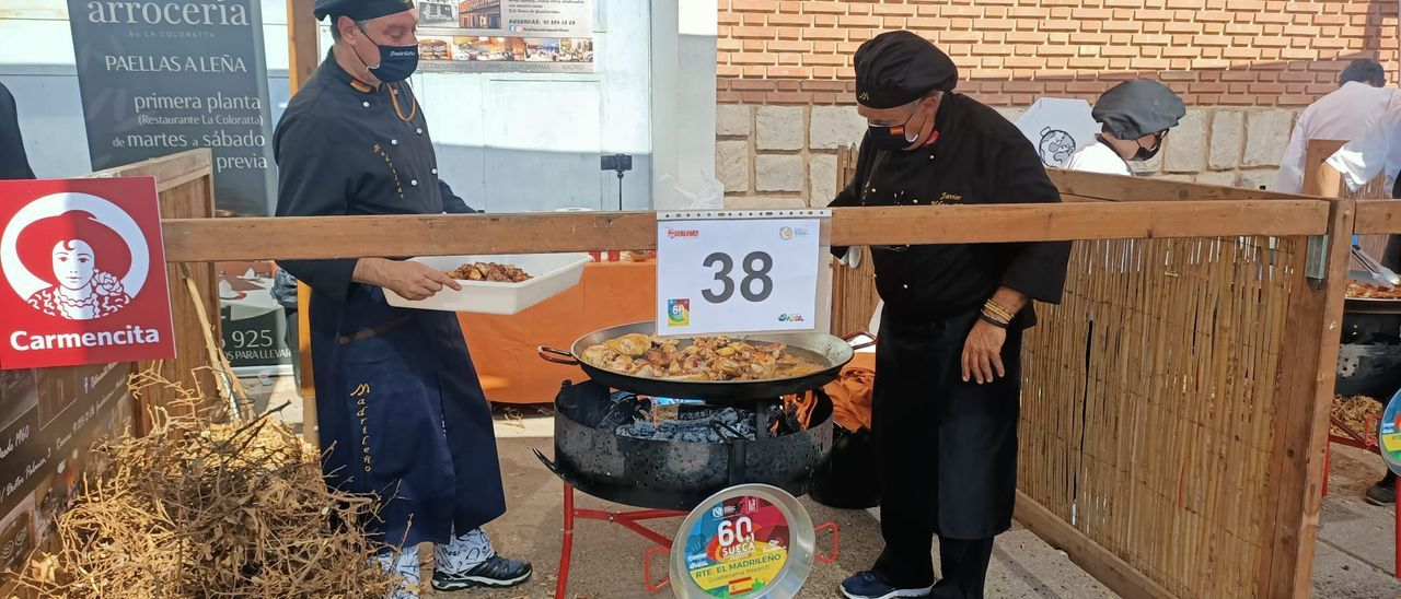Un restaurante madrileño cocina la mejor paella del mundo en Sueca