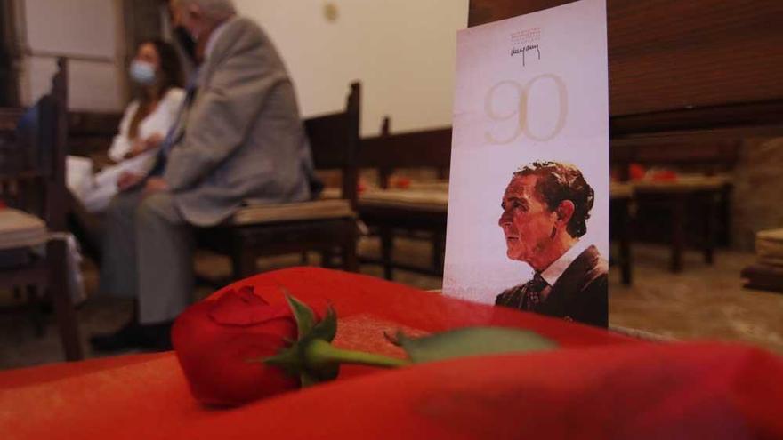 Un acto íntimo conmemora los 90 años de vida de Antonio Gala