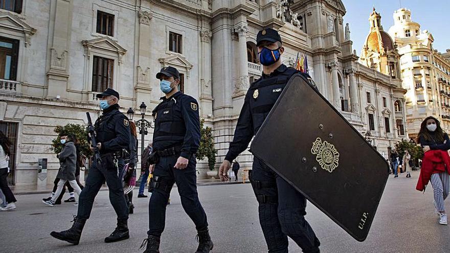 Un hombre acaba en la cárcel por negarse a ponerse la mascarilla en Castelló