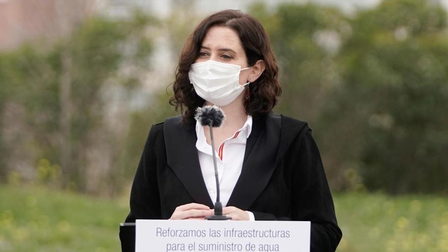 Madrid rechaza el cierre perimetral que planean aprobar el Gobierno y el resto de comunidades