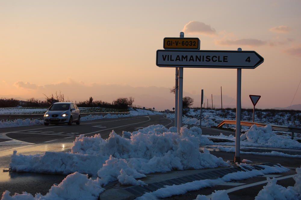 La neu va emblanquinar tota la comarca
