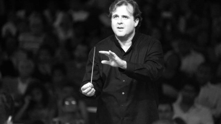 Alaquàs premia al director del conservatori de la Unió Musical, Enric Parreño