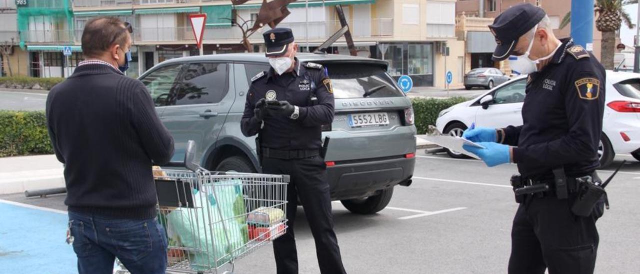 Un sindicato exige en los tribunales que se hagan test a los policías de El Campello