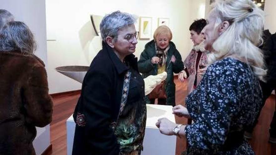 Aurora Vigil-Escalera celebra con exposición 35 años como galerista