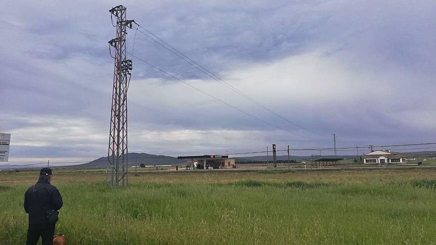 Los alcaldes exigen la mejora de la electrificación en la zona norte