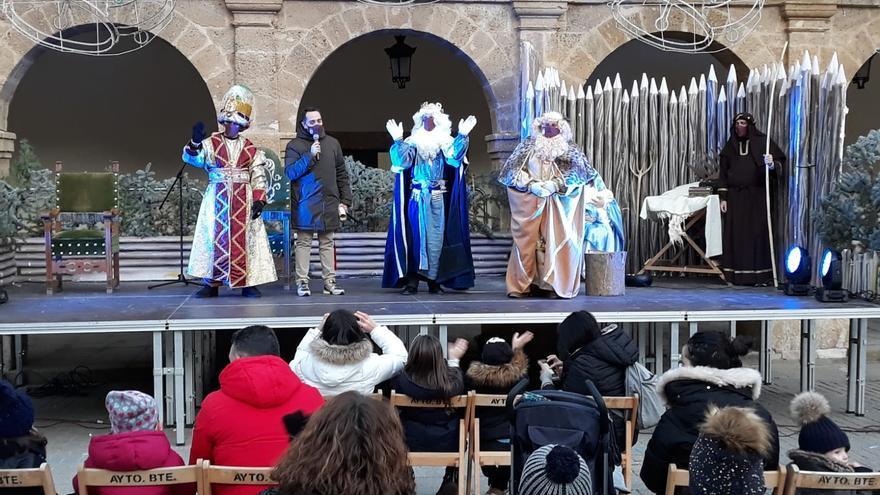 VÍDEOS | Los Reyes de Oriente reciben la llave de Benavente para la noche más mágica