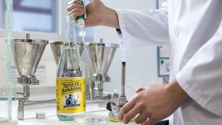 Agua de Benassal convierte la calidad de su materia prima en un producto gurmet