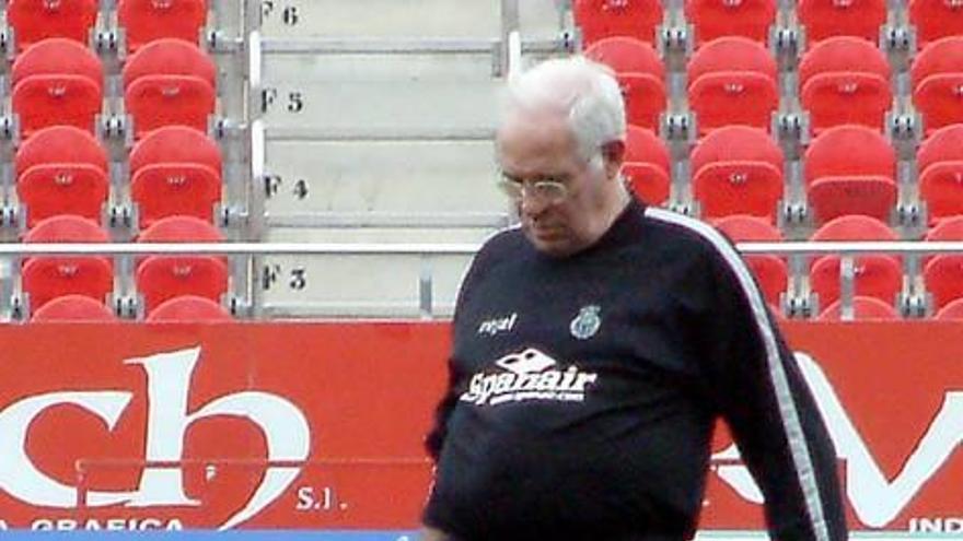 La Federación fichó a Aragonés cuando tenía contrato con el Mallorca