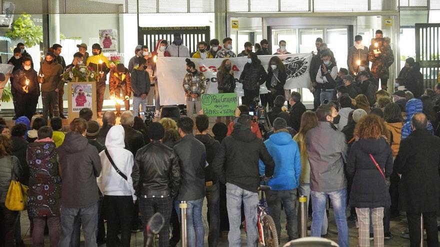Protesta a Girona per la mort d'un jove migrant