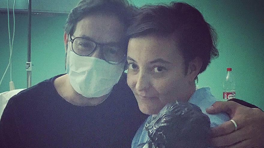 El Goya de Carlos Santos visita el hospital en Murcia