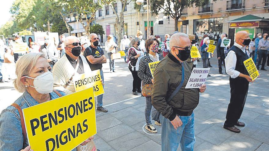 Concentración en defensa de pensiones dignas