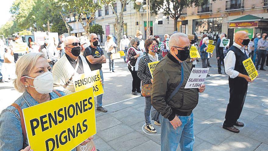 Concentración en defensa de pensiones dignas