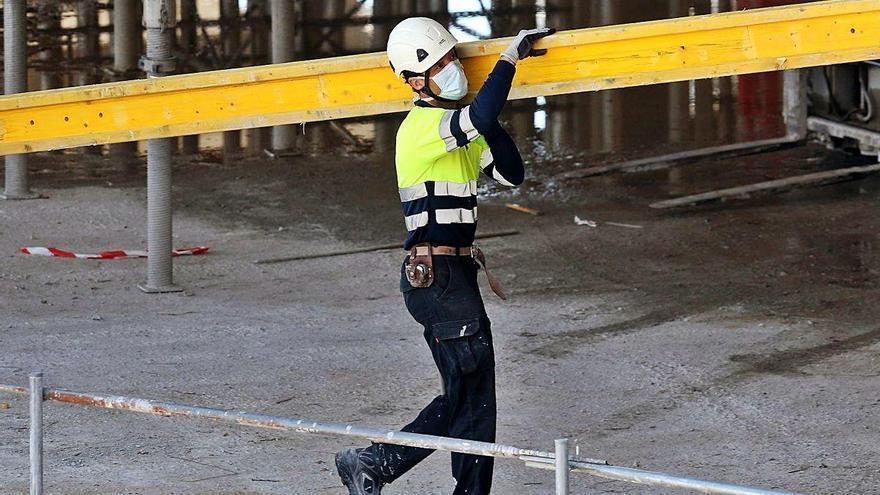 La pugna de las constructoras por la obra pública en Galicia lleva a rebajas del 16%