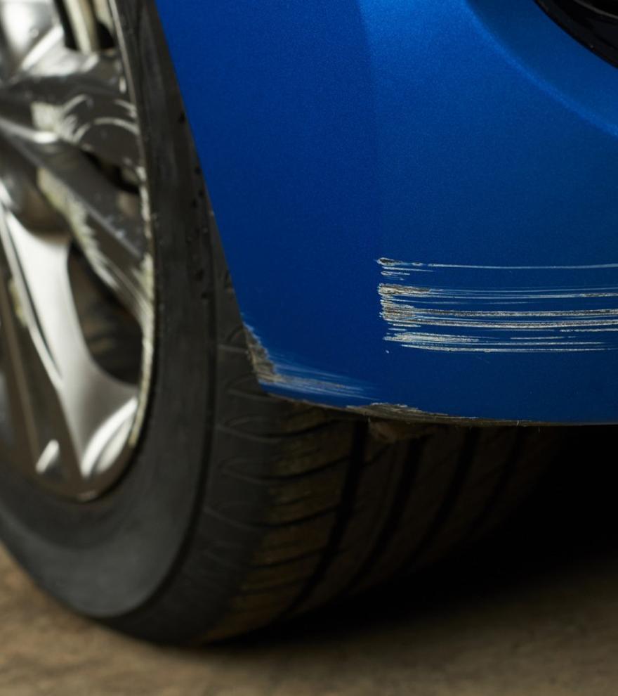Cómo quitar arañazos del coche de forma fácil y rápida