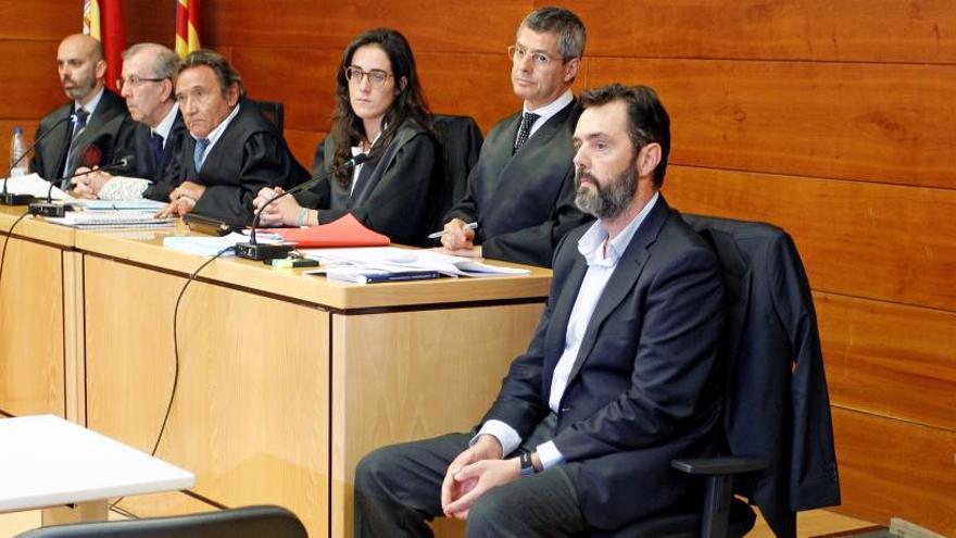 Miguel López se acoge a no declarar por el crimen de su suegra