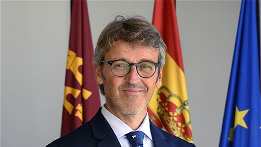 Luis Alberto Marín ya es consejero de Hacienda tras el cese oficial de Celdrán