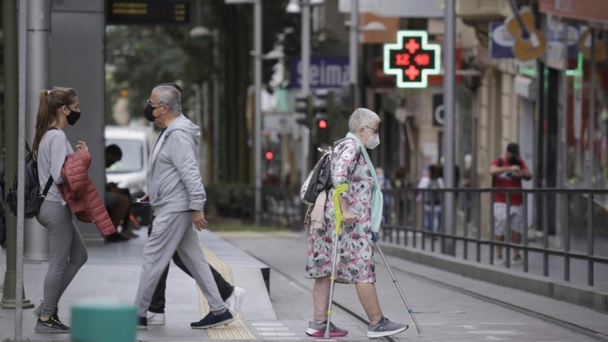 Alza en los contagios en Canarias: cuatro fallecidos y 219 casos en 24 horas