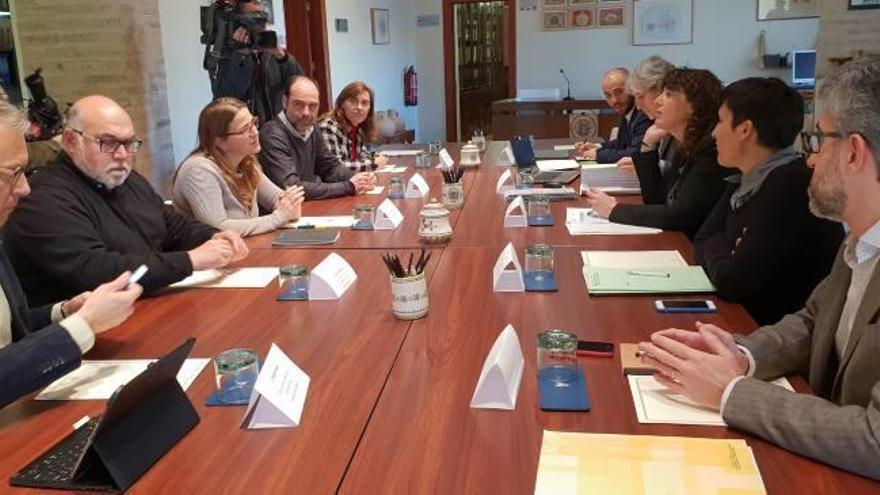 Cebrián deshiela la relación del Consell con Cataluña