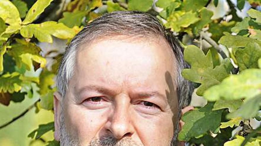 Homenaje al director del Museo das Mariñas de Betanzos tras cuarenta años de servicio