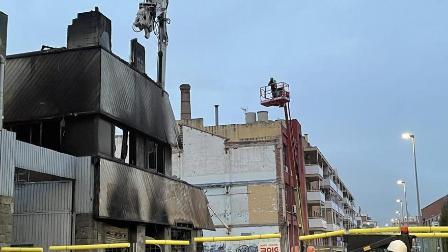 Identificada la tercera víctima del incendio en Badalona, una mujer de 27 años