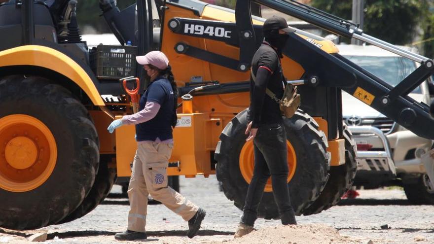 Halladas 75 bolsas con restos humanos en fosas comunes clandestinas en México