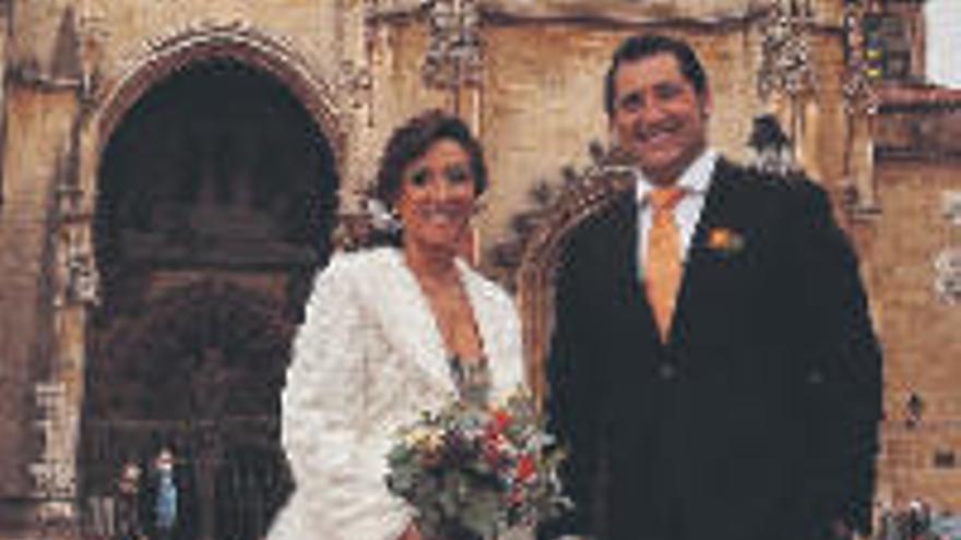 El tenor tinerfeño Jorge de León da el do de pecho y se casa en Oviedo
