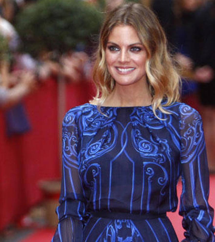 Amaia Salamanca le copia el 'look' a la Reina Letizia