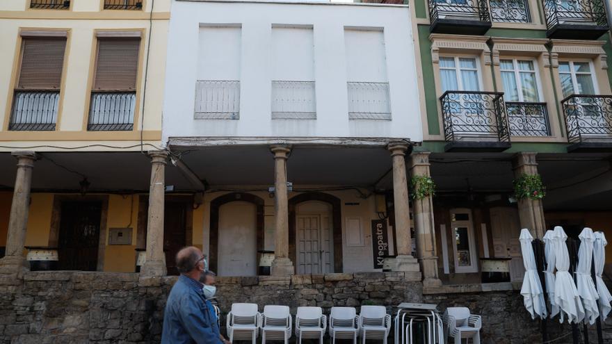 La hostelería condena los desmanes de grupos de jóvenes en Galiana