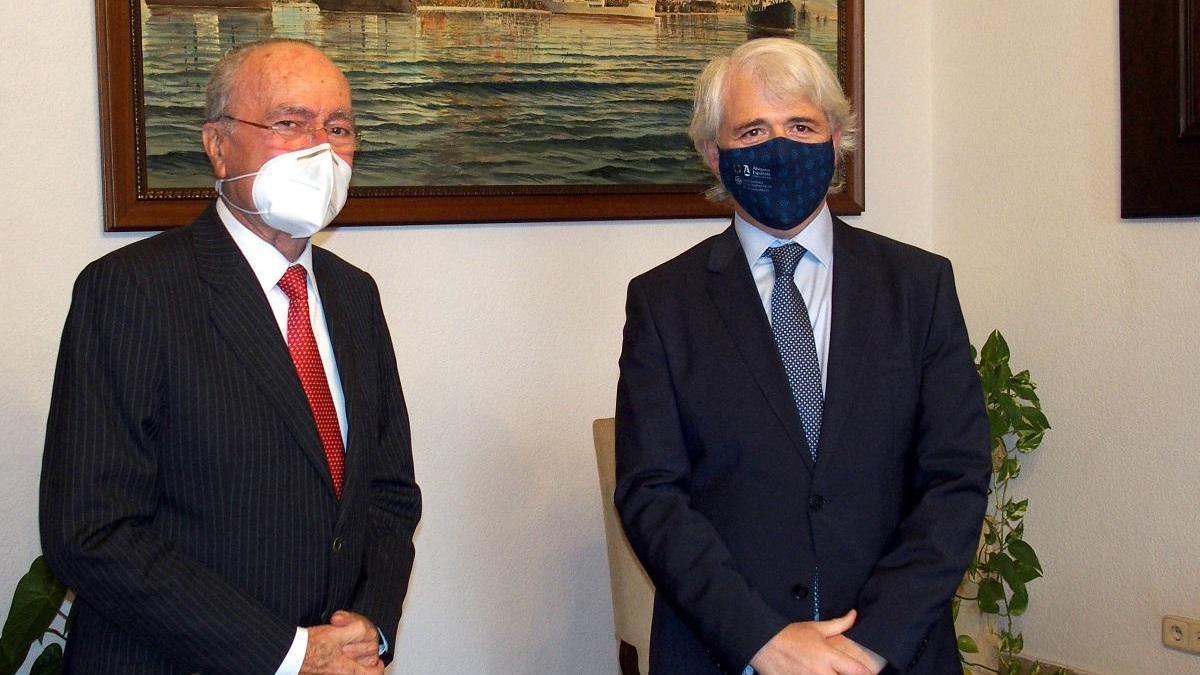 El alcalde y Salvador González.