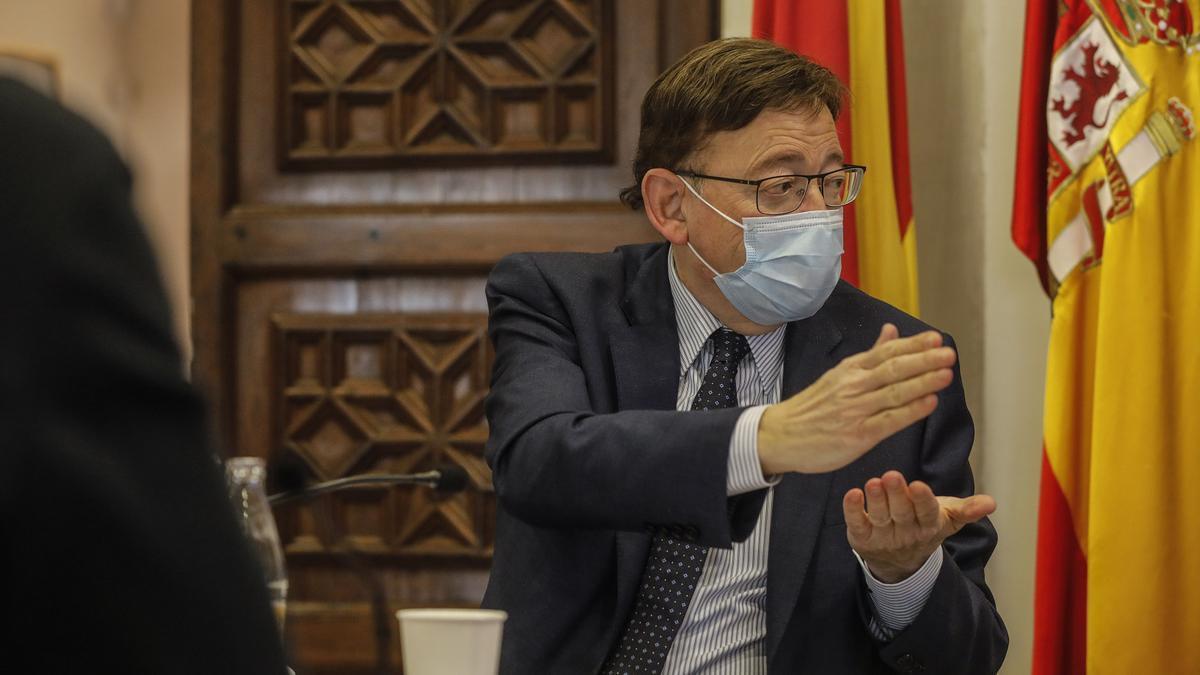 El president de la Generalitat, Ximo Puig, durante la reunión de la Interdepartamental de la Generalitat para la Prevención y Actuación ante la covid-19.