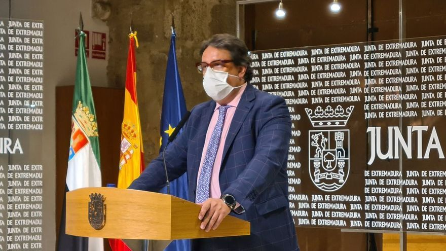 La Junta apoyará que se conjugue la tercera dosis con la vacuna de la gripe en las residencias