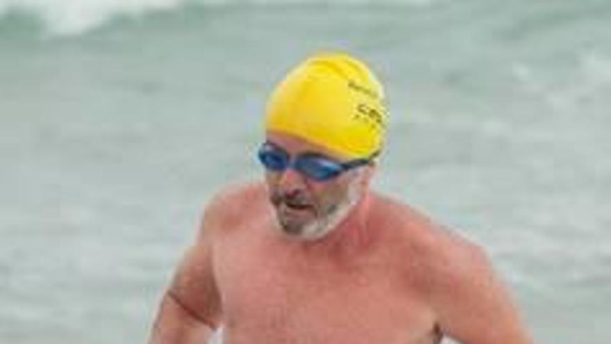 El nadador de Alzira con huesos de cristal, a las puertas de una nueva proeza