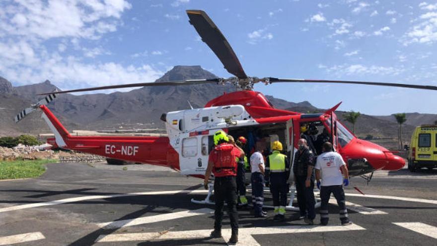 Rescatan a dos parapentistas que sufrieron un accidente en Tenerife