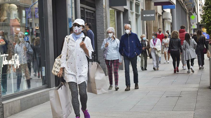 Los centros comerciales prevén impulsar las ventas con la apertura el viernes y el domingo