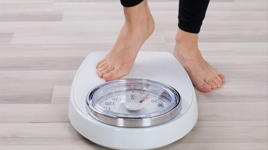 Raciones pequeñas y realizar ejercicio físico, clave para perder peso