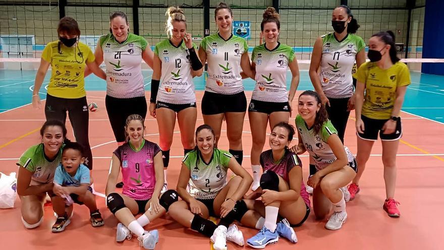 El nuevo proyecto del Arroyo echa a rodar en el Torneo Ibérico 'Mujeres'