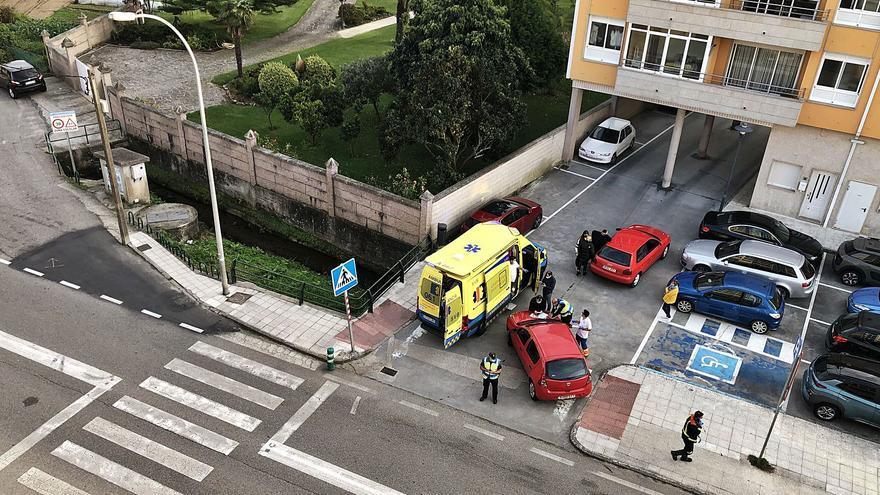 Mejoras viarias, circunvalación, CAR y centro de salud de O Viso, urgencias de Cangas a la Xunta