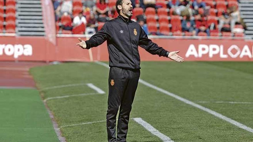 """Moreno: """"Hemos bajado los brazos a falta de diez minutos"""""""