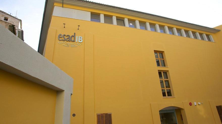 El Govern expedienta a un profesor de la Escuela de Arte Dramático de Baleares por asediar a alumnas
