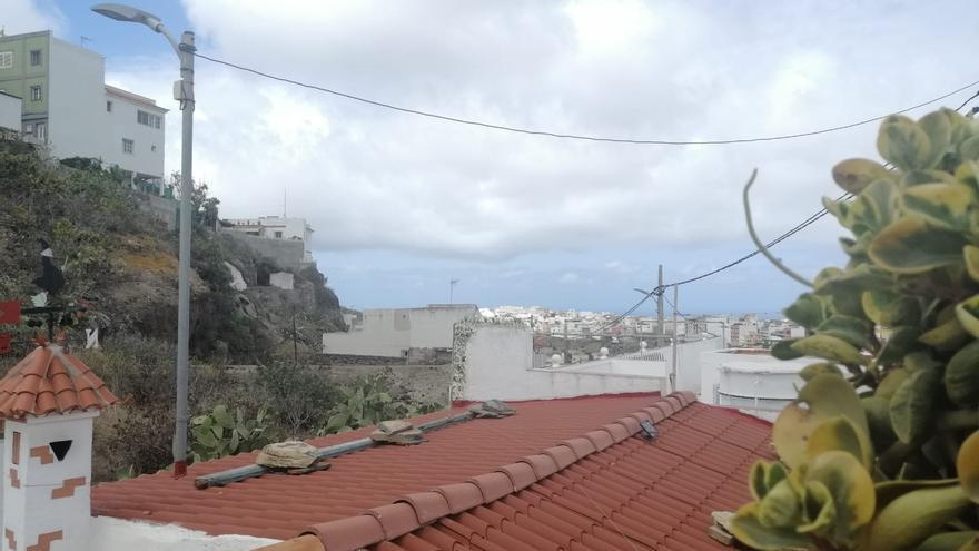 Cielos nubosos y lluvias débiles ocasionales este viernes en Canarias