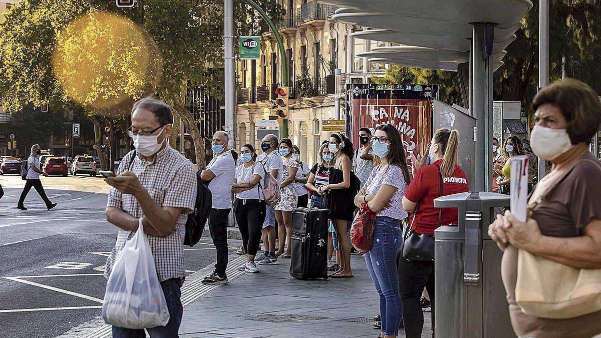 Los ciudadanos sufrieron retrasos por quinto día consecutivo debido a la huelga.
